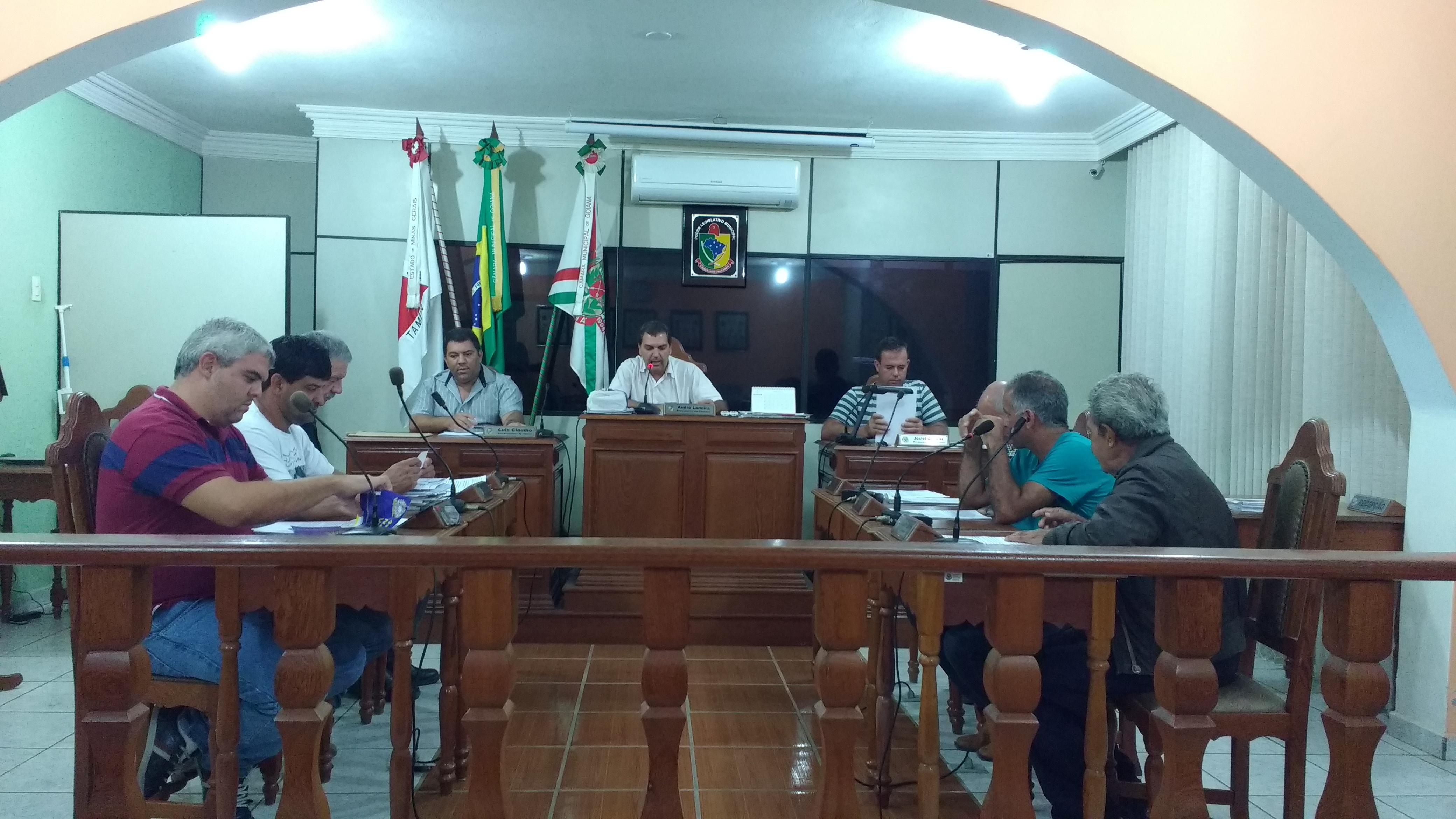 Saúde pública é tema principal em reunião na Câmara